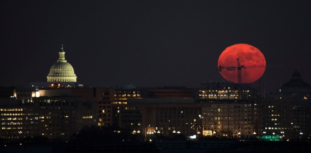 The Moon is seen as is rises, Sunday, Dec. 3, 2017 in Washington. Photo Credit: (NASA/Bill Ingalls) from https://moon.nasa.gov/resources/149/?category=images