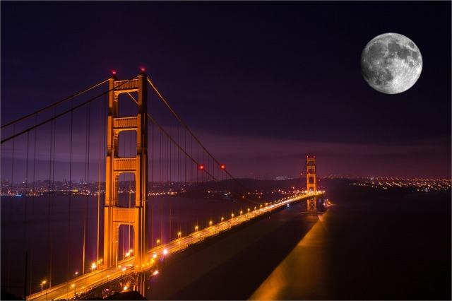 A full moon in the night sky over the Golden Gate bridge by Fruity-Paws from https://pixabay.com/en/golden-gate-bridge-night-bridge-1150487/